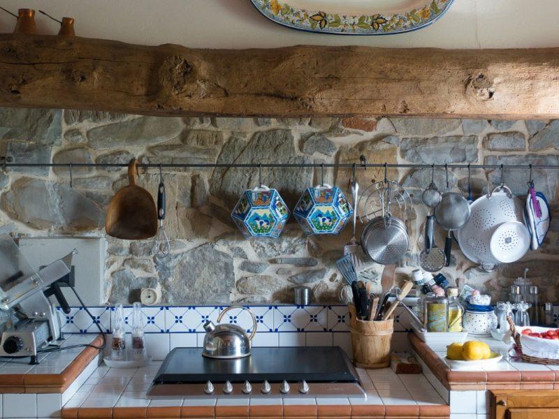 7 Barang Wajib Ada Untuk Mudahkan Kerja Anda Di Dapur