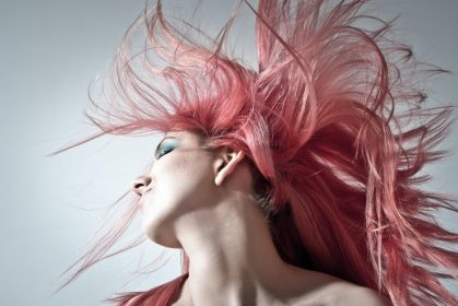 Hop On With The Evergreen Trend! Dye Your Hair At Home, Like A Pro